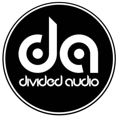 DIVIDED CIRCLE LOGO WHT ON BLK FLAT